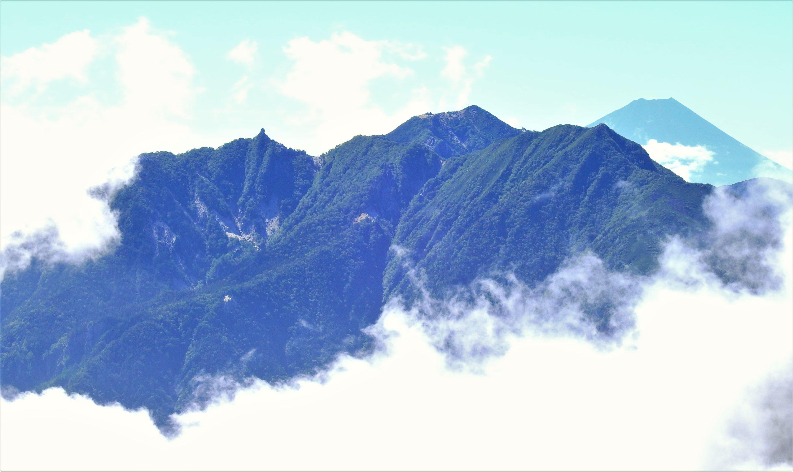南アルプス 鳳凰三山 富士山
