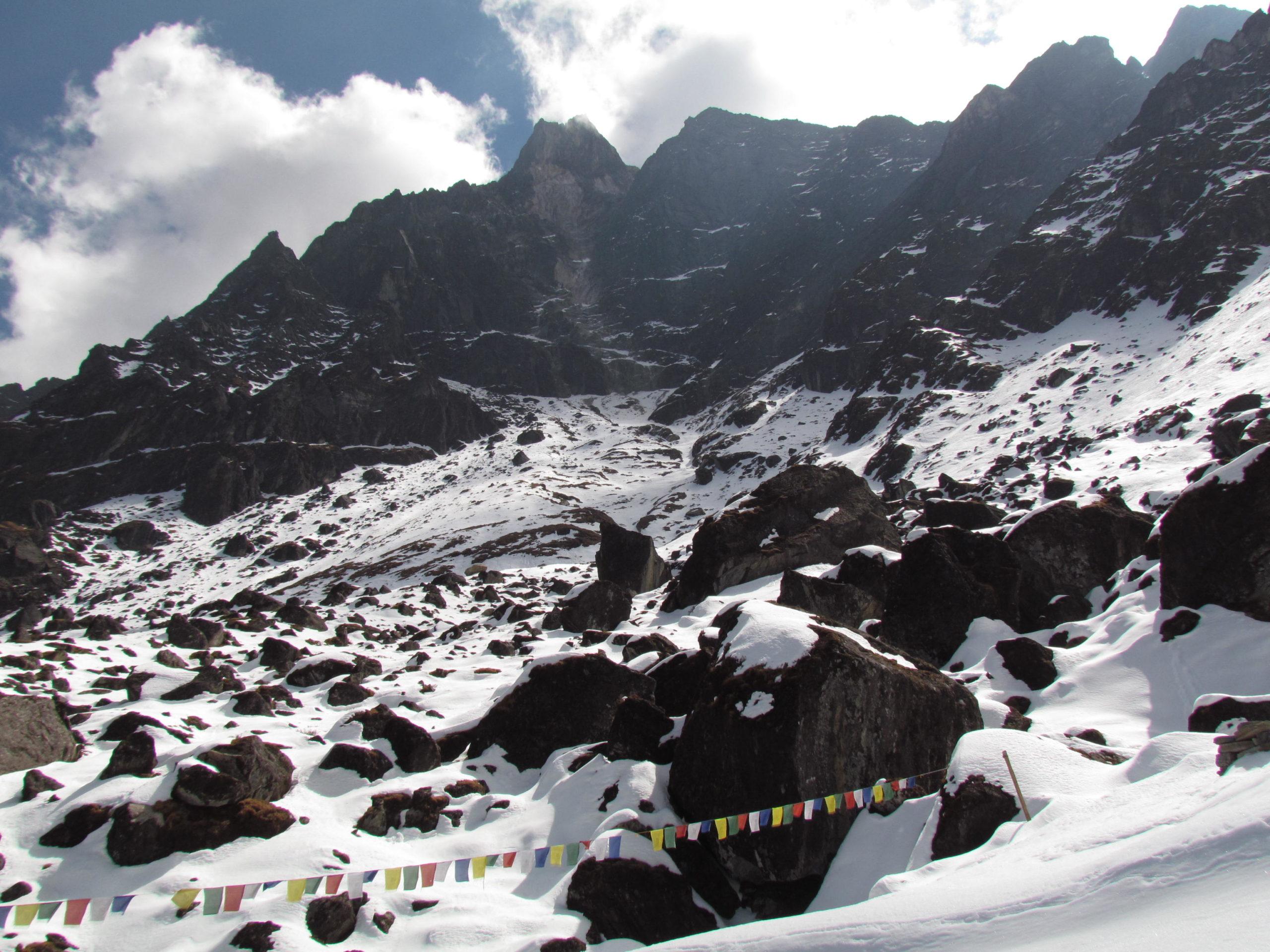ネパール メラ・ピーク Kharkateng