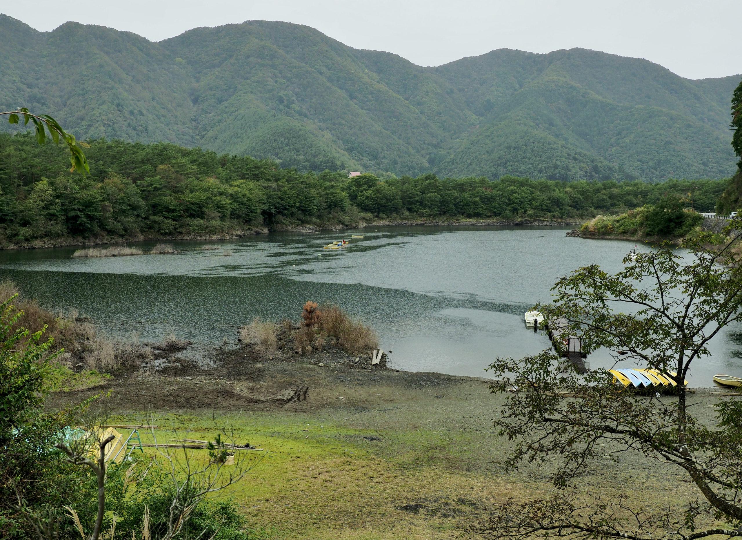 山梨県 精進湖