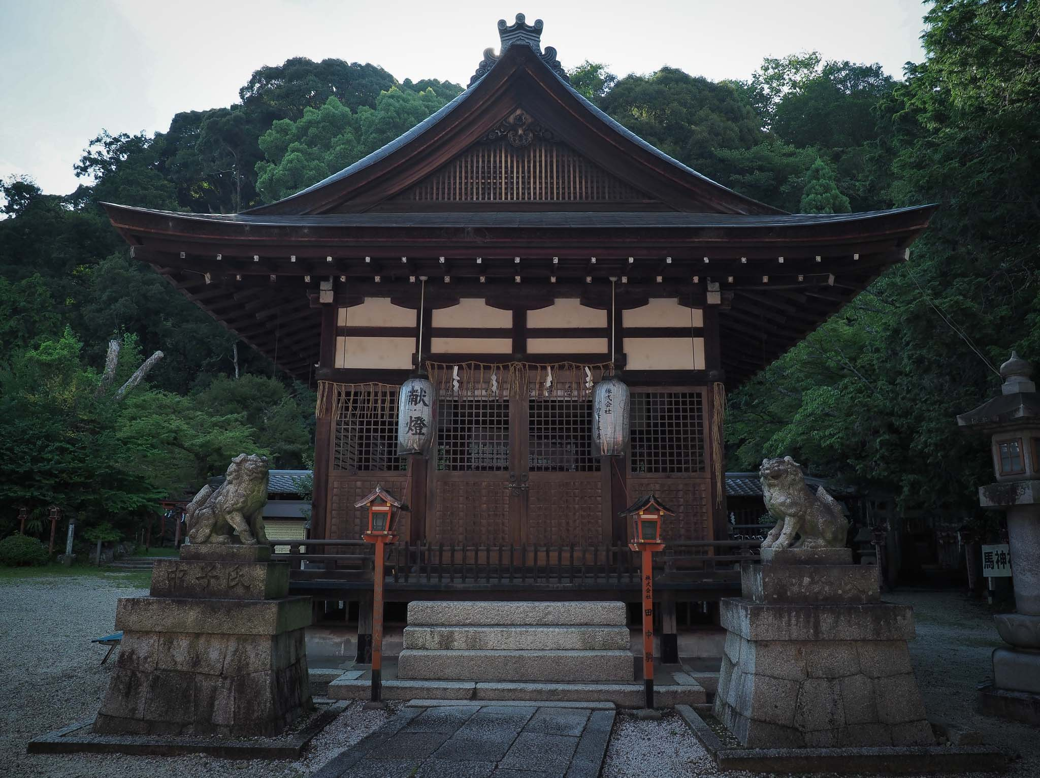 滋賀県 長等神社